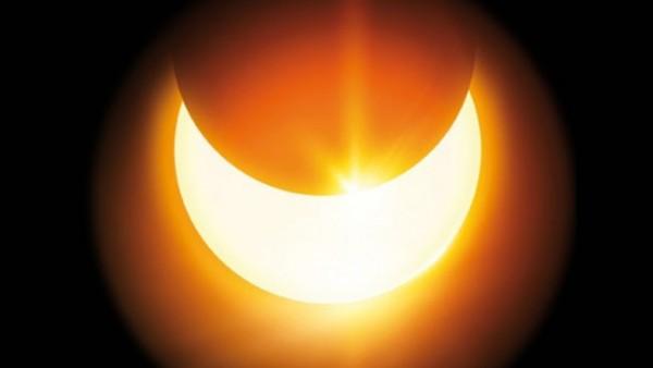 Nicht ohne Sofi-Brille in die Sonne schauen!
