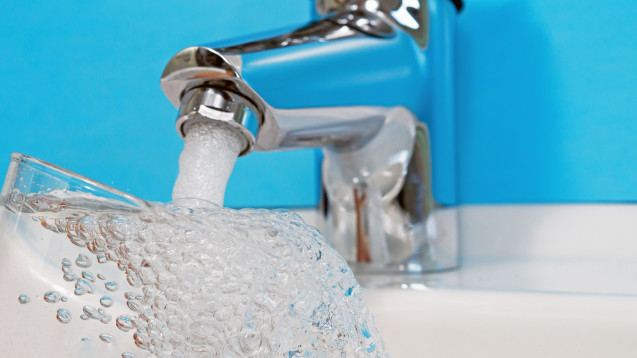 Ungewollte Antihypertensiva: Rückstände von AT-1-Rezeptorantagonisten im Trinkwasser. (Foto: jozsitoeroe / stock.adobe.com)