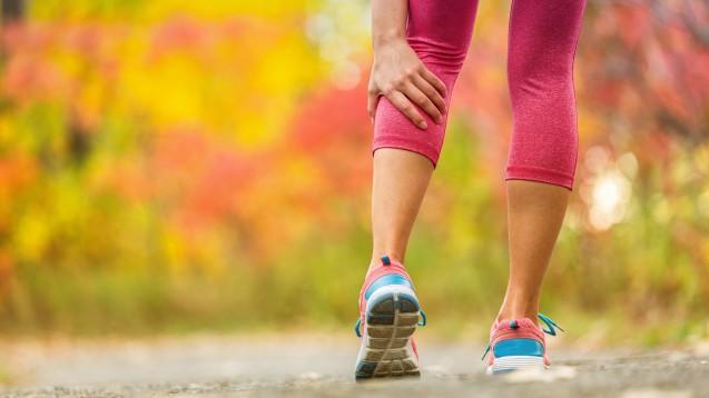 Ein Viertel der befragten sporttreibenden Colllegestudentinnen gab an, NSAR einzunehmen, teilweise auch prophylaktisch. (Foto: Maridav / stock.adobe.com)