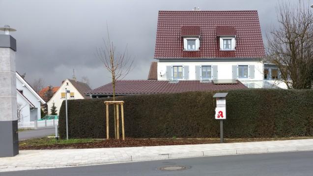 Als die Benediktiner-Apotheke schloss, wurde der Bürgermeister von Schwarzach am Main (Landkreis Kitzingen) aktiv. (Foto: M. Müller)