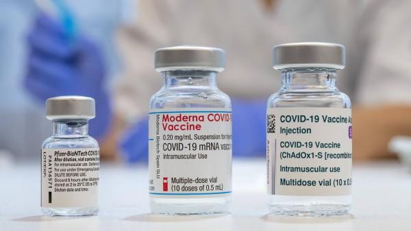 Ärzte werben für Corona-Impfung – auch mit AstraZeneca