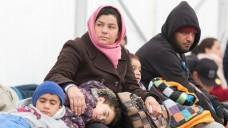 Weiterhin gibt es große Probleme bei der medizinischen Versorgung von Flüchtlingen (Bild: dpa)
