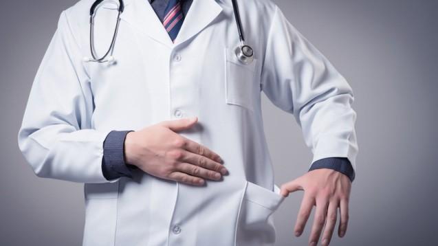 Bestechung und Bestechlichkeit im Gesundheitswesen stehen künftig unter Strafe. (Foto: slasnyi/Fotolia)