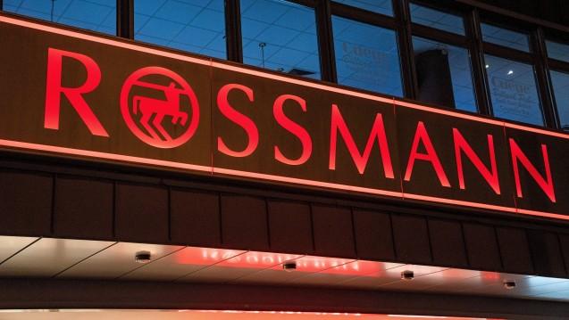 Rossmann lässt den Vertrag mit Amazon der Lebensmittel Zeitung zufolge auslaufen. (c / Foto: imago)
