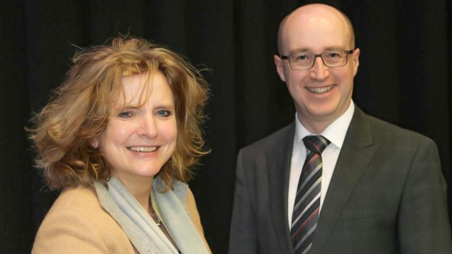 Dr.Ilse Zündorf und Professor Dr. Robert Fürst von der Goethe-Universität in Frankfurt am Main hielten den ersten Vortrag beim Pharmacon in Schladming ( r / Foto: DAZ/ck)