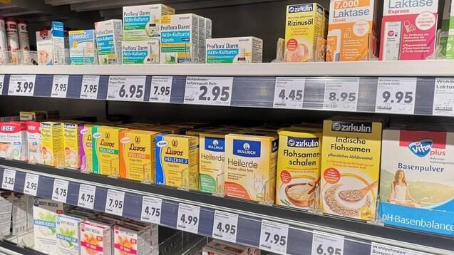Drogeriensindmit23ProzentdieersteAnlaufstellefürNahrungsergänzungsmittel.AnzweiterStellefolgen Supermärkte mit 13 Prozent. (c / Foto: MAGO / Geisser)
