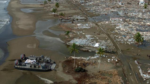 Beben, Fluten, Vulkanausbrüche: Die Menschen in Indonesien brauchen Hilfe. ( r / Foto: Apotheker helfen/ Pixabay)
