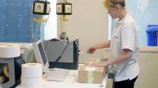 Immer mehr: Langfristig gesehen will DocMorris aus dem niederländischen Heerlen 50 Millionen Arzneimittelpakete versenden. (c / Foto: Imago)