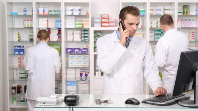 Bei den Ersatzkassen ist beim Überschreiten des Preisankers im Bereich Original/Import im Falle von Nichtlieferfähigkeit weiterhin Arztrücksprache zu halten.(m / Foto: LEDOMSTOCK / stock.adobe.com)
