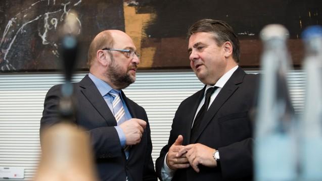 Überraschende Personalie: Nachdem sich der frühere EU-Parlamentspräsident Martin Schulz Ende vergangenen Jahres von einer Kanzlerkandidatur distanziert hatte, empfiehlt Gabriel ihn nun offenbar doch für diesen Posten. (Foto: dpa)