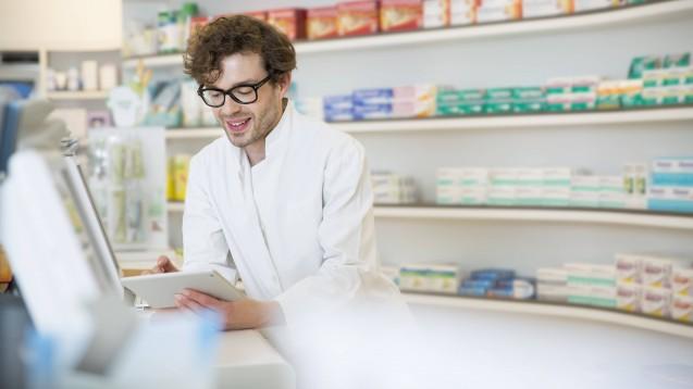 In Frankreich können Apotheker ab sofort telepharmazeutisch beraten. (Foto: imago images / Westend61)