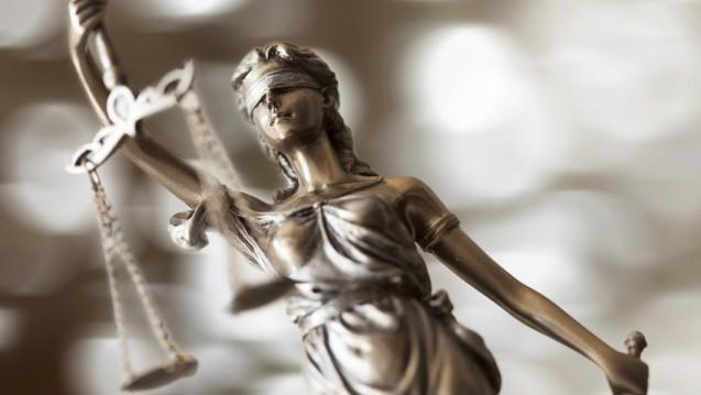 Verwaltungsgericht Augsburg: Gütliche Einigung für den Apotheker (Foto: sebra / Fotolia)