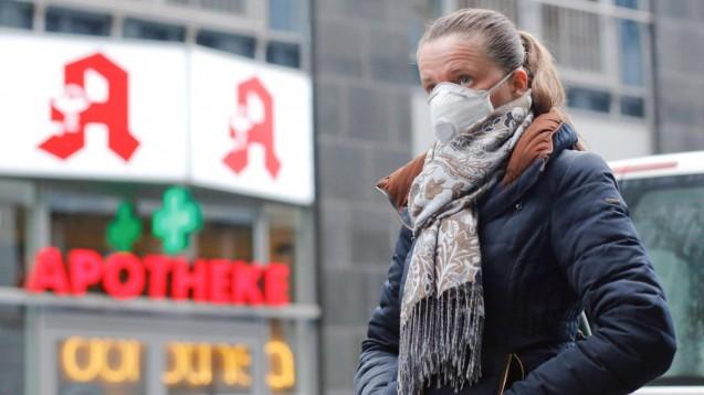 Untersuchungen belegen, dass einige der derzeit in der München Klinik Schwabing behandelten Patientinnen undPatienten mit Coronavirus-Infektion auch bei geringgradiger Symptomatik infektiöse Viren in ihrem Nasen-Rachen-Raum aufweisen. (Foto: imago images / Reiner Zensen)