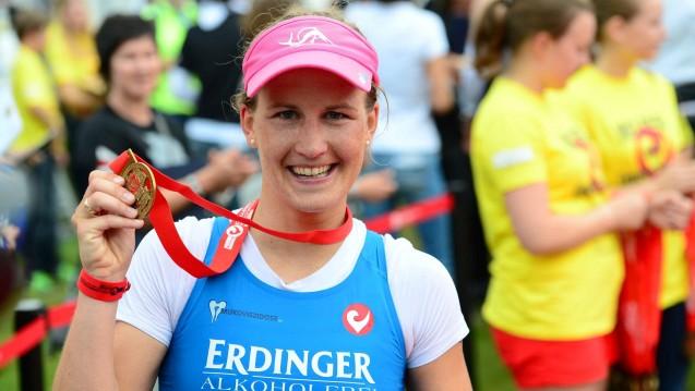 Julia Gajer, Apothekerin und Profisportlerin, will auch im nächsten Jahr beim Ironman auf Hawaii dabei sein. (Foto: Privatbrauerei ERDINGER Weißbräu)
