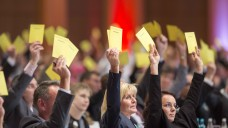"""Ein klares """"Ja"""": Die Hauptversammlung der deutschen Apothekerinnen bekennt sich zur pharmazeutischen Kompetenz. (Foto: Schelbert)"""