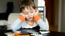 Arzneimittel für Kinder - wie hilft man ihrer Entwicklung auf die Sprünge? (Foto: djedzura/Fotolia)