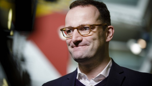 Medienberichten zufolge will Bundeskanzlerin Angela Merkel (CDU) ihren Parteiekollegen Jens Spahn als Gesundheitsminister vorschlagen. (Foto: Imago)