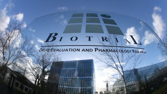 Testinstitut Biotrial in Rennes: Der Wirkstoff, Code BIA 10-7424 soll auf Stimmungsschwankungen und Angstgefühle sowie auf motorische Störungen bei neurodegenerativen Erkrankungen abzielen. (Foto: dpa)
