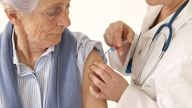 Bekommt in der Saison 2019/2020 jeder, der möchte, eine Grippeimpfung? ( r / Foto: JPC-PROD / stock.adobe.com)