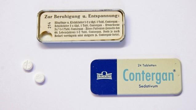 """Der Contergan-Hersteller Grünenthal sagte gegenüber """"Report Mainz"""", Medikamentenstudien an Kindern seien in den 50er-Jahren nicht unüblich gewesen. Aus heutiger Sicht seien sie aber nicht nachzuvollziehen. (c / Foto: imago images / JOKER)"""