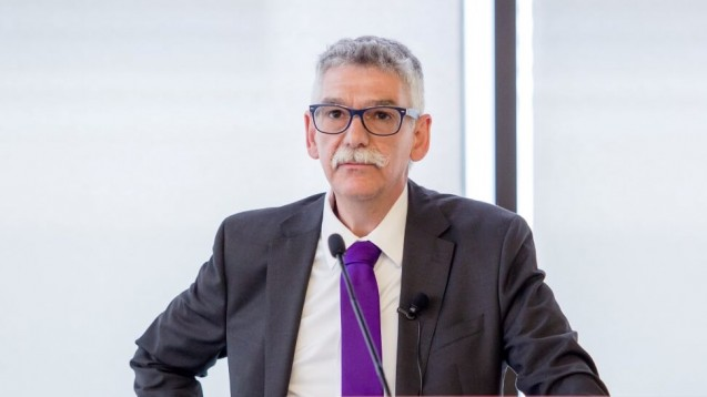Ulrich Laut, Rechtsanwalt und Hauptgeschäftsührer der LAK Hessen, hält das Noweda-Botendienst-Modell für unzulässig. (x / Foto: Chris Hartlmaier)