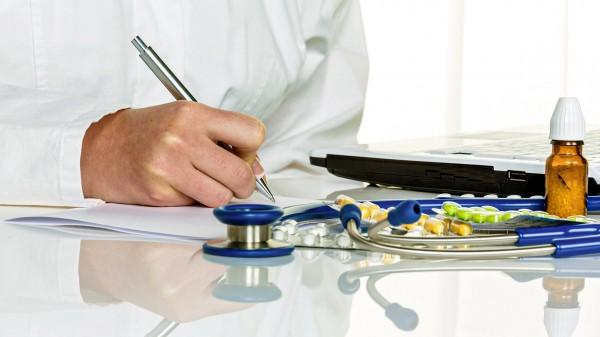Hausärzteverband schmiedet E-Rezept-Allianz mit DocMorris