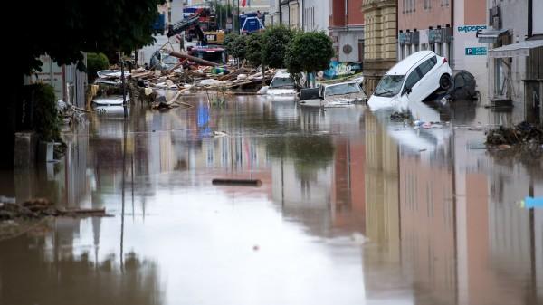 Hochwasser trifft Apotheken in Bayern