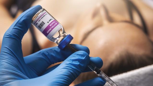 Botox kann nicht nur Falten glätten, es ist auch bei bestimmten schweren Ekrankungen indiziert. (Foto: ronstik / AdobeStock)