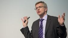 Elmar Mand  erläutert im DAZ-Interview die Kernregelungen des Retax-Kompromisses, (Foto: Chris Hartlmair)