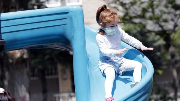 Maskenspenden für Schulkinder und Gesundheitspersonal