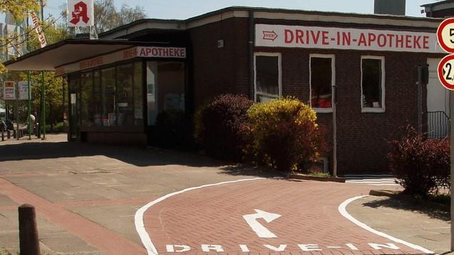 Apotheke mit Schalter: die Drive-In-Apotheke in Hamburg Rahlstedt (Foto: Drive-In-Apotheke Rahlstedt)