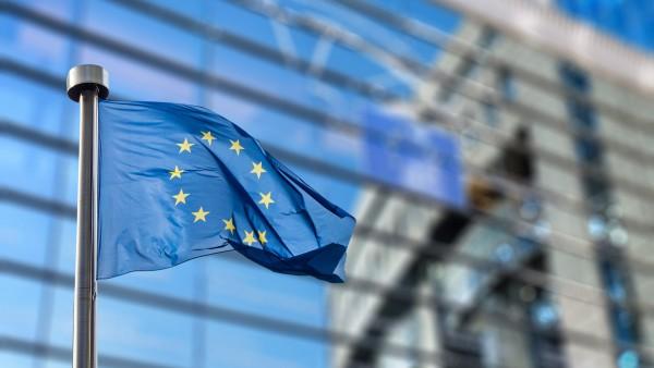 Apotheker und Ärzte protestieren gegen EU-Dienstleistungsregeln