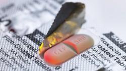 Nach wie vor verordnen Ärzte Fluorchinolone zu häufig und längst nicht nur als Reserveantibiotika. Das fand eine Studie des Wissenschaftlichen Institutes der AOK (WIdO) heraus. ( r / Foto:imago images / Science Photo Library)