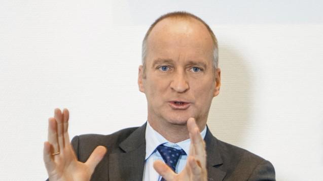 Nur noch machtpolitische Argumente: ABDA-Präsident Friedemann Schmidt wirft der Politik vor, die Debatte um das Rx-Versandverbot am Ende nur noch machtpolitisch geführt zu haben. (Foto: Külker)