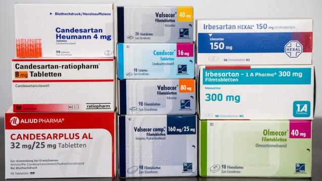 Valsartan, Candesartan, Irbesartan, Olmesartan – es gibt zahllose Wirkstoffe zur Blutdrucksenkung und noch mehr entsprechende Fertigarzneimittel. Aber wie unterscheiden sich eigentlich die Wirkstoffe in den jeweiligen Präparaten? Woher beziehen die Zulassungsinhaber ihren Wirkstoff? (c / Foto: Schelbert)
