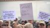 Am 11.11.2019 trafen sich zahlreiche Bürger der kleinen Stadt Niemegk (Postdam-Mittelmark) zum Protest. Anlass ist die sich ständig verschlechternde medizinische Versorgung der Gemeinde. (m / Foto: Screenshot rbb Brandenburg aktuell)