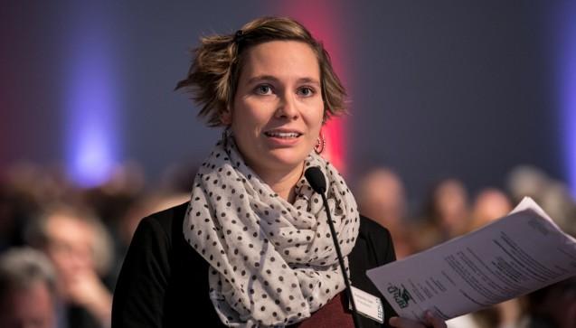 Friederike Zühl, Präsidentin des Verbandes der Pharmaziestudierenden, setzte sich dafür ein, dass eine Arbeitsgruppe gebildet wird, die eine Evaluation der Studiengänge vornimmt. (Foto: Schelbert)