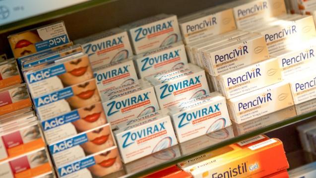 Die Sichtwahl wird um ein neues Herpesmittel reicher. Der Bundesrat hat heute die Änderung der AMVV. (Foto: Schelbert / DAZ)