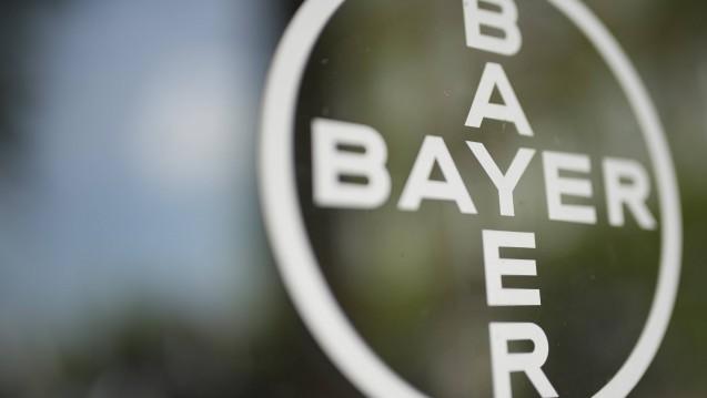 Der Pharmakonzern Bayer hat Stellenstreichungen angekündigt, insgesamt sollen 12.000 Arbeitsplätze wegfallen, unter anderem weil es in der Pharmasparte nicht gut läuft derzeit. (Foto: Imago)