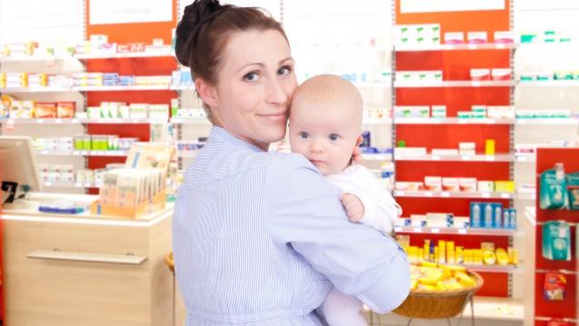 Was kann man stillenden Müttern bei Magen-Darm-Beschwerden empfehlen? (m / Foto: detailblick-foto                                          / stock.adobe.com)