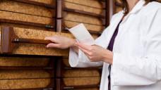 Was darf man abgeben und was nicht? Importeverordnungen werfen oft Fragen auf. (Foto: contrastwerkstatt / stock.adobe.com)