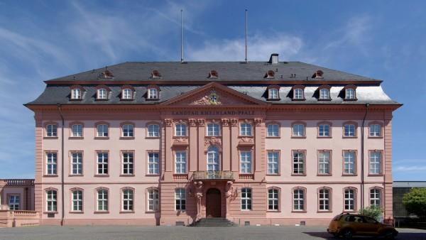 Streit um Boehringer-Verträge erreicht den Landtag