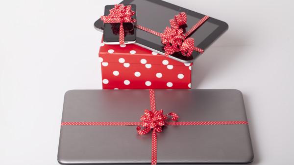 Kritische Apotheken-Geschenke an die Charité