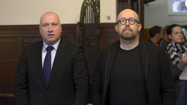 Rechtsanwalt Prof. Carsten Wegner und Thomas Bellartz sind überzeugt: Dem Phagro kam das Verfahren gegen den Ex-ABDA-Sprecher gelegen, um sich für unschöne Berichterstattung zu revanchieren. (Foto: Külker)