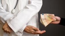 Antikorruptionsgesetz: Soll Bestechung im Gesundheitswesen verhindern. Nicht immer trennscharf sind die Grenzen zwischen Kooperation und Korruption. (Foto: Bits ans Splits / Fotolia)