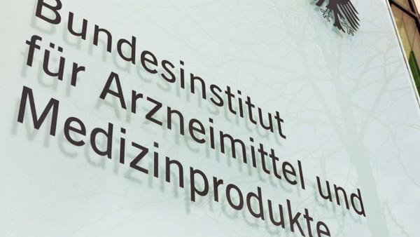 Schindluder mit BfArM-Logo