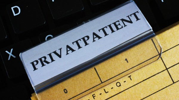 Boni-Verbot und pharmazeutische Dienste auch für privat Versicherte!