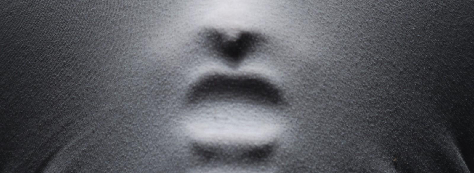 Weiß schaumig auswurf husten Bei Husten