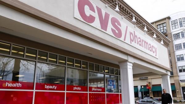 Apothekenkette vor Übernahme einer Krankenversicherung