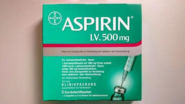 Aspirin i.v. fehlt erneut – ist es wirklich unverzichtbar bei Herzinfarkt?